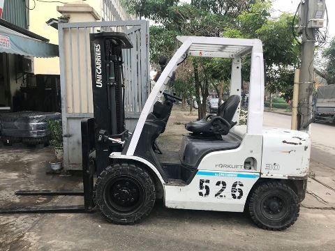 Xe nâng dầu cũ UNICARRIERS 3.0 tấn - Số 526